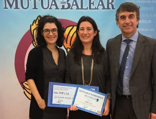 The Balearic Islands' Director General of Employment presents TITO's with an occupational health and safety award